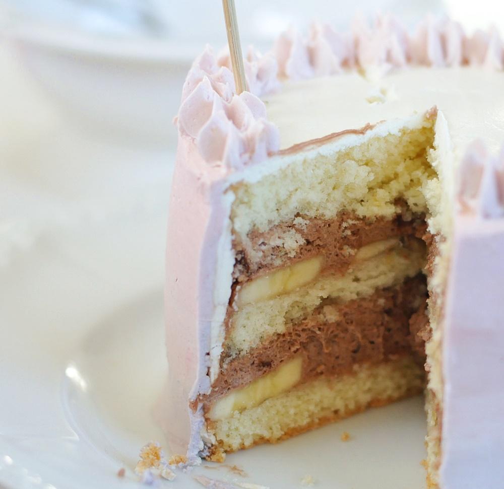 tårta med chokladmousse och vaniljkräm